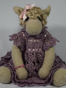 Honeyfield Mini Paca Heather - Knitted/crochet collectable alpaca