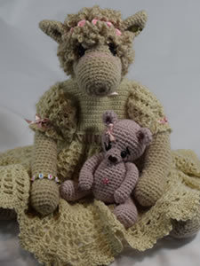 Honeyfield Mini Paca Hettie - Knitted/crochet collectable alpaca